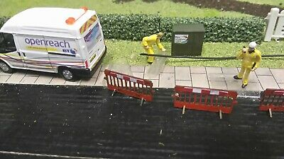 oo scale bt scene(2) code3 oxford diecast transit +figures+accs scenic not inc