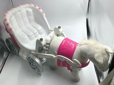 Zapf Creations Prancing Horse and Musical Carriage