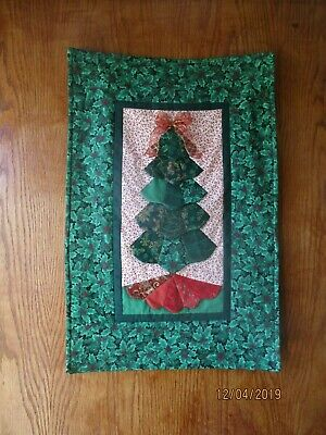 Complete Christmas Tree Wallhanging Quilt Kit