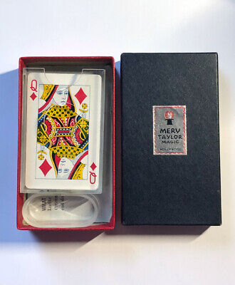 VINTAGE MERV TAYLOR MAGIC FLASH HOULETTE (1950s) / Collectible Card Magic Trick