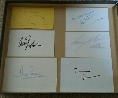 Star Wars Signed X 6, Inc Carrie Fisher, Anthony Daniels & Dave Prowse !!!