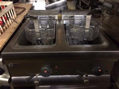 lincat twin tank electric  fryer from tq12