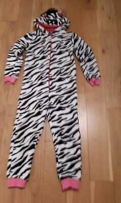 Girls zebra onesie ( not gerber). Personalised Daisy stitched on front. Age 6-7