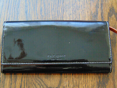 kate spade NEW YORK PATENT LEATHER BIFOLD WALLET