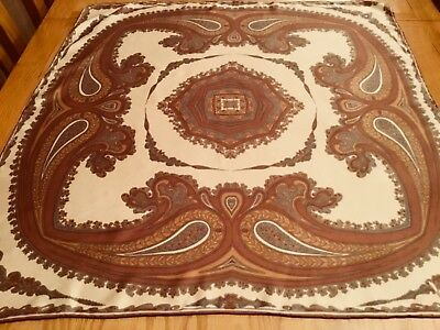 VINTAGE RICHARD ALLAN HAND ROLLED PAISLEY SILK SCARF.  VGC.  30 x 28 INCHES.  =