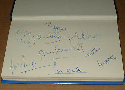 Denis Law Matt Busby Lou Macari+6 other Manchester United MULTI-SIGNED Book