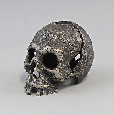9973470 Candle Holders Candles Holder Skull Iron Rustic 8x12x8cm