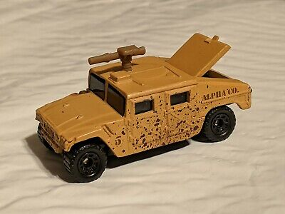 1:64 1998 matchbox alpha Co Humvee w/ Gun Tan Desert Variant diecast military