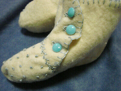 Vintage Antique Felt Infant Baby Booties Shoes Embroidered VGC Buttons