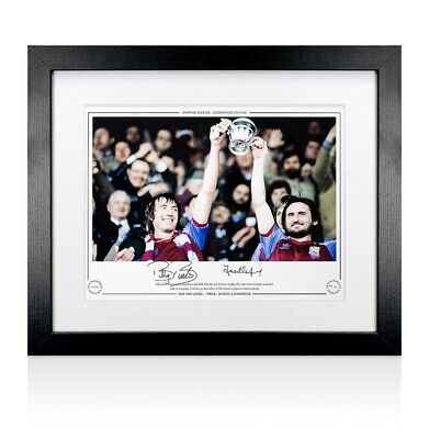 Framed Billy Bonds & Frank Lampard Snr Signed Photo - 1980-81 Division 2 Champio
