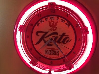 Kato Mankato Minnesota Beer Bar Advertising Man Cave Neon Wall Clock Sign