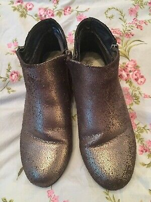 Marks & Spencer Girls Pewter Leather With Sparkle Ankle Boots. Size 5 Junior.
