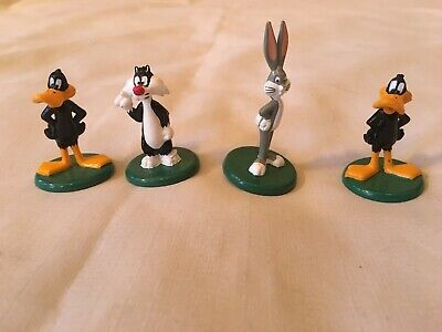 Vintage 1994 Sylvester-Daffy Duck X 2 & Bugs Bunny Figurines X 4