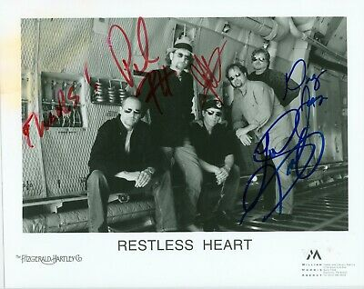 Restless Heart autographed 8 x 10 black & white publicity photo hand signed by 4