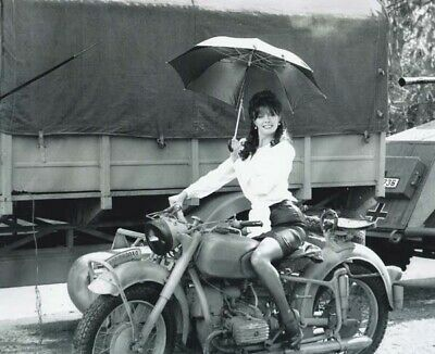 Vicki Michelle Signs For You - Photo #4 - All proceeds go to charity!