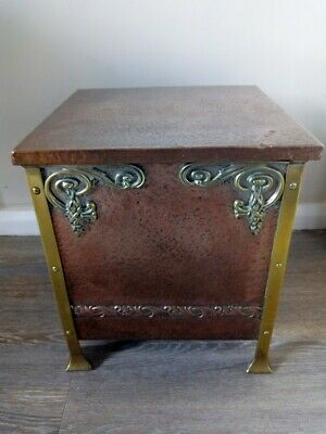 Antique Art Nouveau Copper Bound Coal or Kindling Box with Brass Side Handles