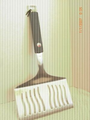 """Extra wide commercial quality extra wide 8.5"""" spatula with rubber handle"""