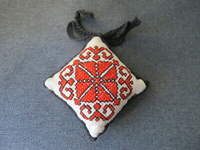 Vintage hand embroidery needlepoint double sided pin cushion  Unused 12a