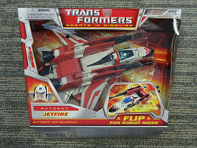 NEW IN BOX Hasbro Jetfire Transformers Classic Voyager Action Figure