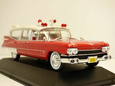 CADILLAC Superior Miller Meteor ambulance 1/43