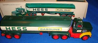 Hess Truck - 1977 Tanker - Mint in Box with Insert