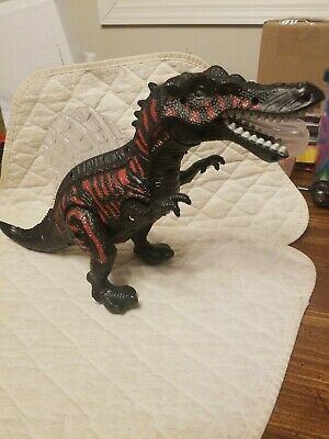 Dino Vally Spinosaurus Walking Toy Dinosaur with Lights.Sound does not work.