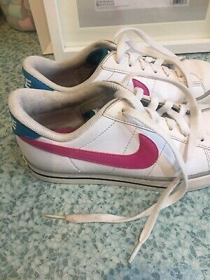 White Nike Trainers Size 3 Girls Pre Loved