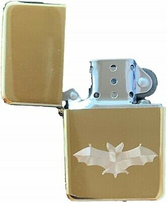 Emblems-Gifts Personalised Bat Gold Colour Star Petrol Lighter (T18)