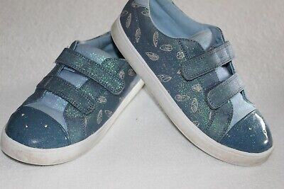 Shoes: Gorgeous blue trainers by Clarks ,  UK 2,5 F  (older girls)