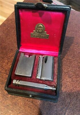 Old Vintage Ever Ready Safety Razor In Box