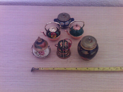 6 small metal ornaments