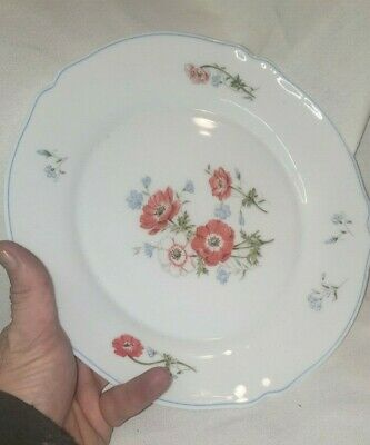 "Vintage Arc Arcopal France 10"" Dinner Plate Floral Poppy Poppies Milk Glass"