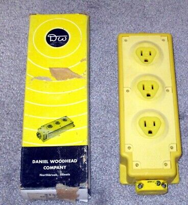 NEW in the Box - Daniel Woodhead Multiple Outlet Box Model 31593 w Yellow Neotex