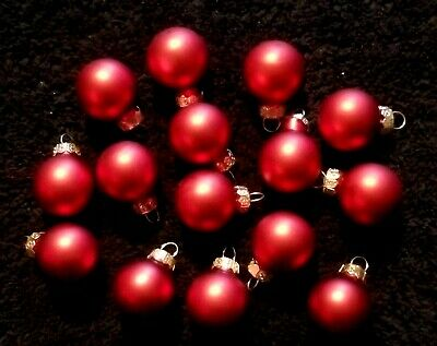 """Lot Of 15 Miniature 1"""" Matte Red Mercury Glass Feather Tree Ornaments"""