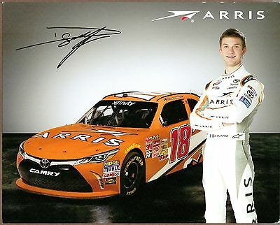 Due Arris Nascar Figurine, Daniel Suarez e Carl Edwards