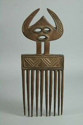 Fine Chokwe Angolan Carved Wooden Hair Comb African Tribal Art