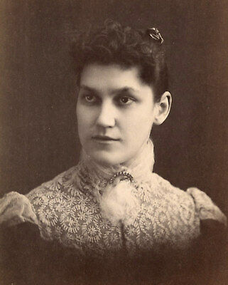 Antique Photo Cabinet Card LOVELY WOMAN FASHION by SOULE PRESQUE ISLE ME