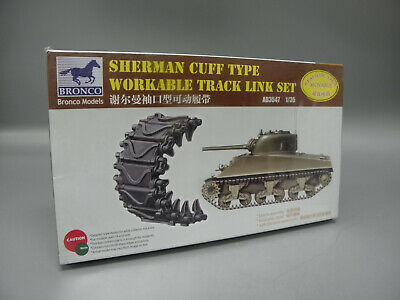 Bronco Models AB3533 Chinese Type 99 MBT Rubber Type Workable Track in 1:35