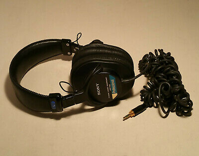 SONY MDR-7506 Professional Closed-Back Studio Monitor Black Headphones