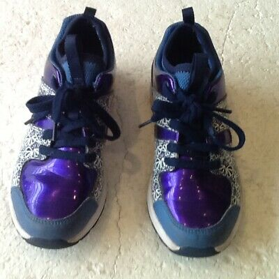 Girls-Clarks Shoes / Trainers-Size=1 Width =F- Gloss Purple-Laces-Inner Sock-Vgc