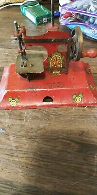 Antique Miniature Metal KAYanEE Sew Master Toy Sewing Machine Berlin Germany