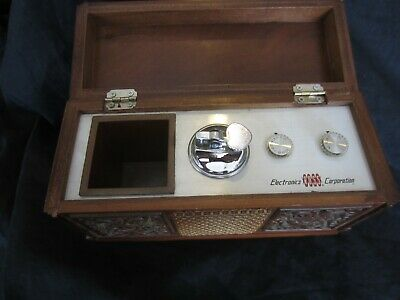 Ross Electronics Table Top Am Radio And Lighter. Works. Vintage.