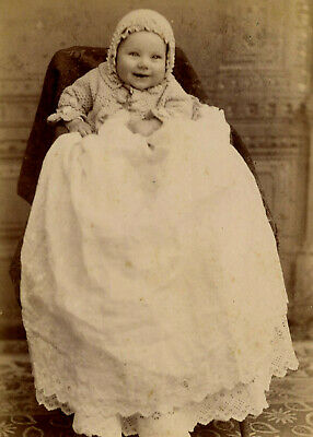 Antique Photo Cabinet Card HAPPY BABY IN LONG GOWN FASHION WILSON'S INDIANAPOLIS