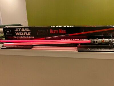 Display Master Replicas Star Wars Darth Maul Force FX Double-Bladed Lightsaber