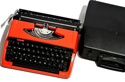 RARE Vintage Red Lemair Deluxe 220 Portable Typewriter + Black Case 30x30x10cm