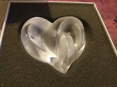 Lalique Entwined Hearts Paperweight -Outstanding