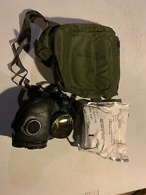 M17 gas mask US military with pouch and new filters