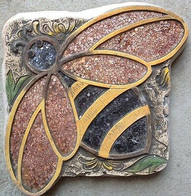 Bee 1, Stepping Stone, Plaque,  Concrete Mold, plastic mold,  cement, plaster