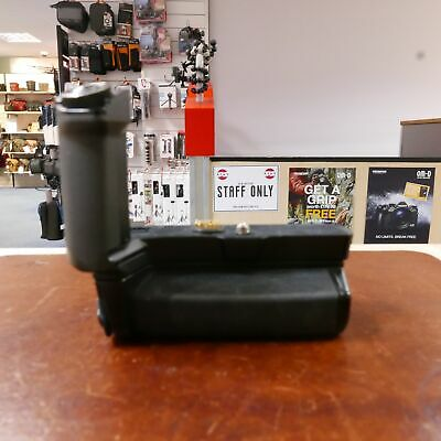Used Olympus HLD-8 2 Part Battery Grip for E-M5 Mark II - 1 YEAR GTEE
