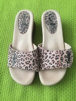 BNWOT New Baldo Clogs Leopard Print Beige EUR 38 Spring Wooden Sole Medical
